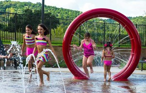 Kids playing on Sweetwater splash pad